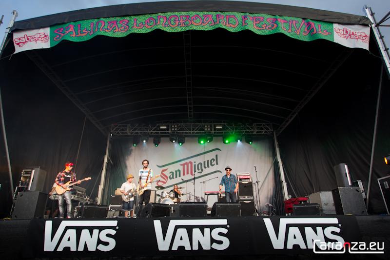 July & Amigos (Vans Salinas Longboard Festival)